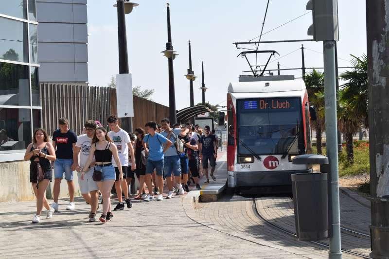 Parada de tranvía en València. GVA