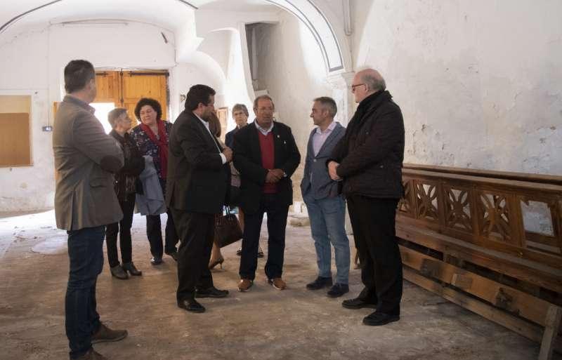 Visita de la Diputación a la ermita