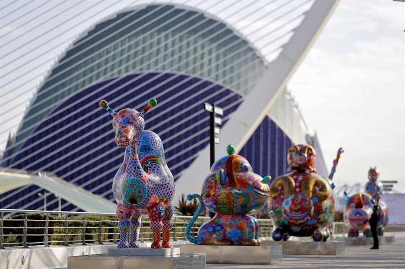 Esculturas del artista Hung Yi, que se han podido ver en la Ciudad de las Artes y las Ciencias de València EFE/Manuel Bruque/Archivo