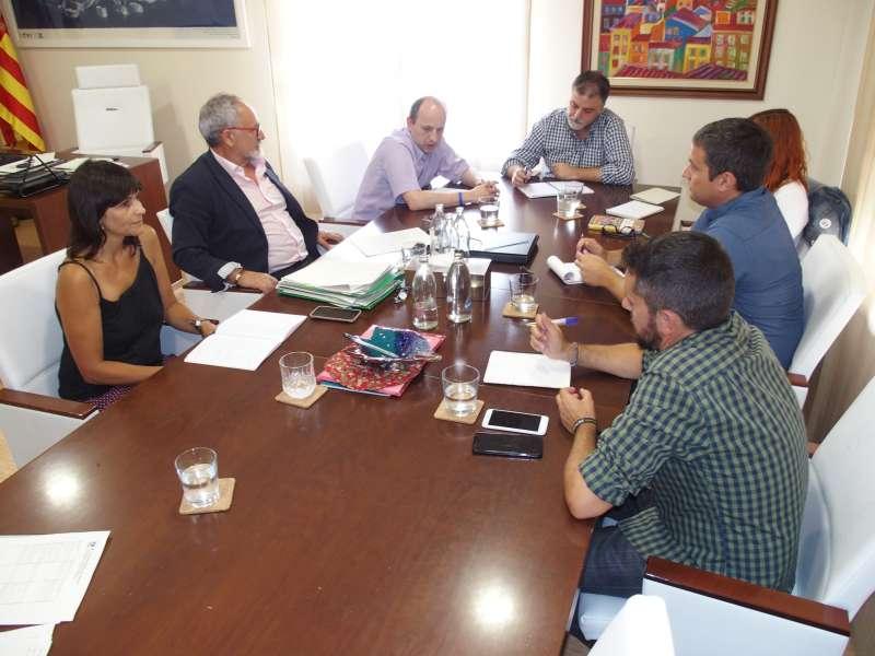 Reunión entre el director general de Calidad Ambiental de la Conselleria, Joan Piquer,  y con el director general de Vaersa. EPDA