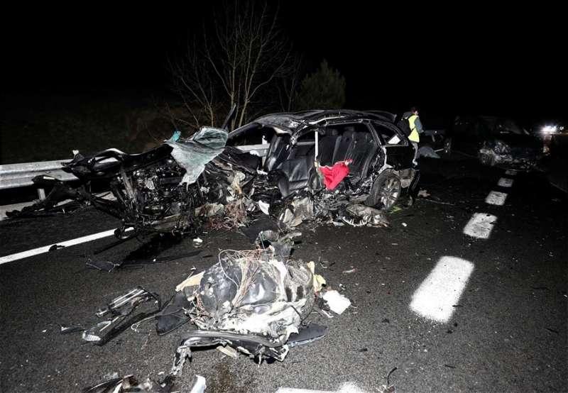 Imagen de archivo de un turismo tras sufrir un accidente de tráfico