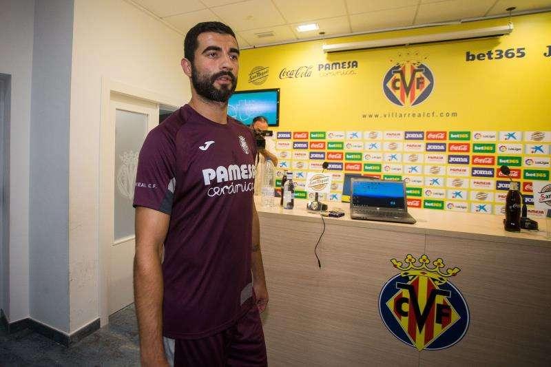 El jugador del Villarreal Raúl Albiol. EFE/Archivo