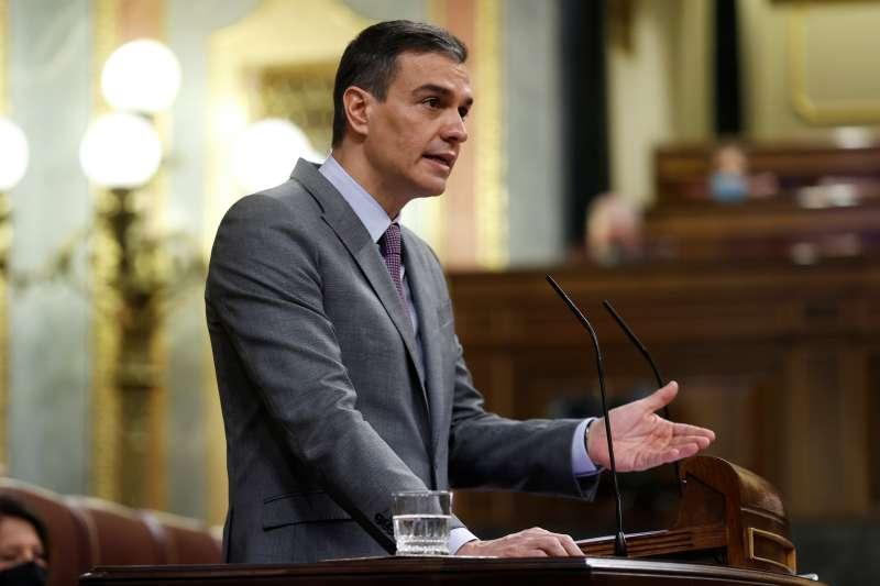 El presidente del Gobierno, Pedro Sánchez durante su intervención este miércoles al Congreso. EFE