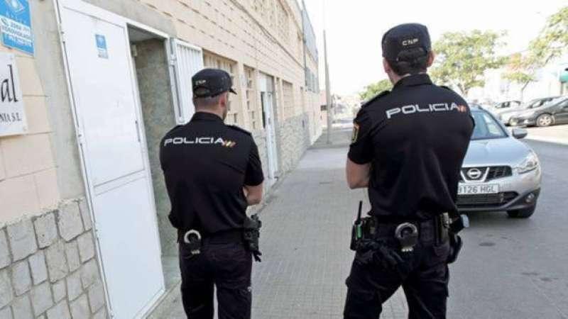 Policía Nacional durante una intervención. EPDA