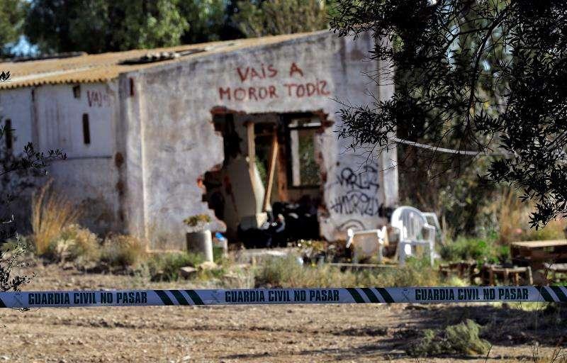 La Guardia Civil investiga la muerte en Godella (Valencia) de dos menores -un niño de tres años y medio y una niña de apenas cinco meses- que fueron hallados enterrados. EFE