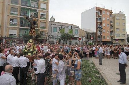 Celebración del Primer día de Triduo en Paterna. Foto: EPDA