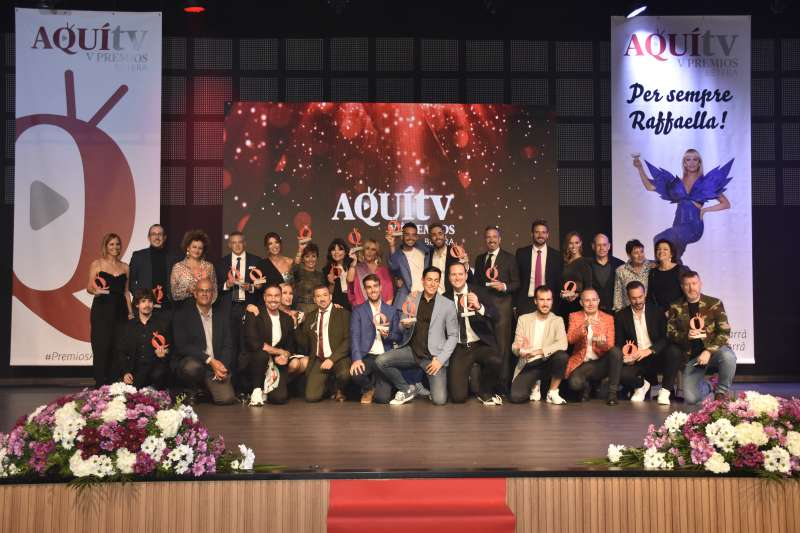 Foto de todos premiados en la gala