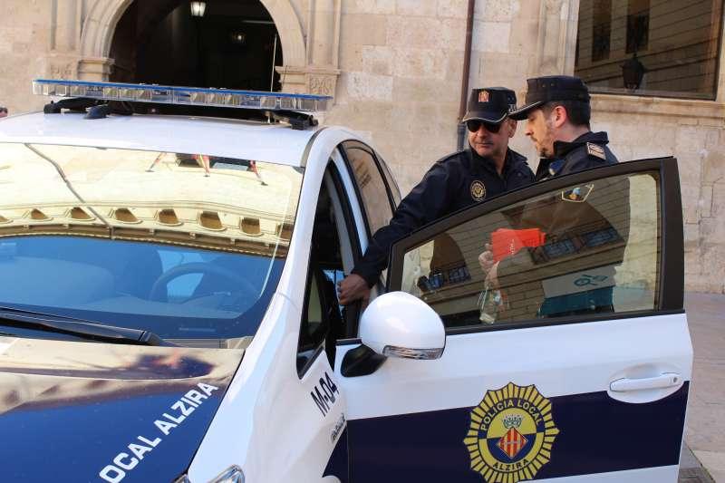 Alzira renova el parc mòbil de la Policia Local
