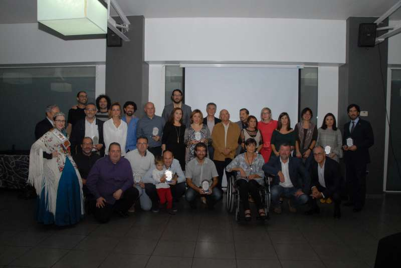 Foto de familia de los premiados. EPDA