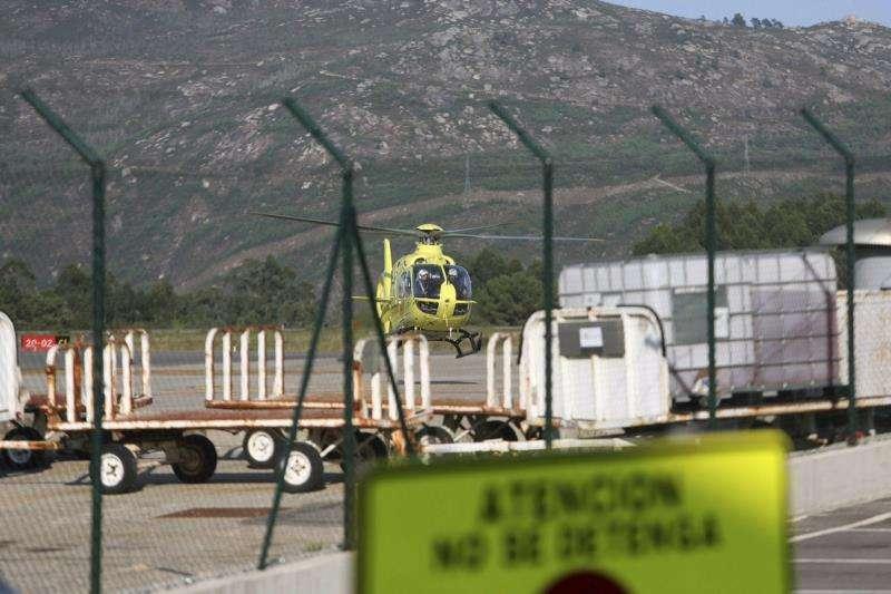Un helicóptero medicalizado movilizado para una atención. EFE/Archivo