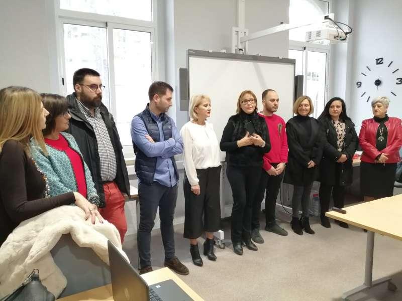 Momento del acto de puertas abiertas, con representantes políticos de varios municipios de la comarca. / EPDA