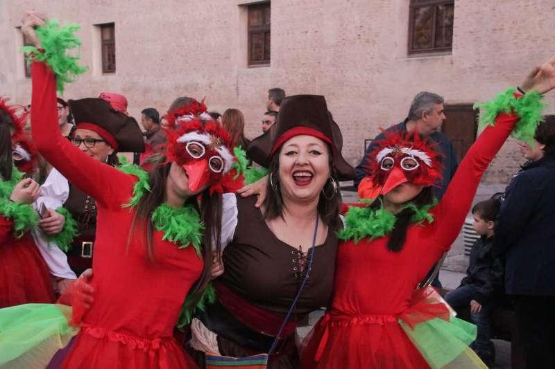Participants de la Cavalcada del Ninot 2019