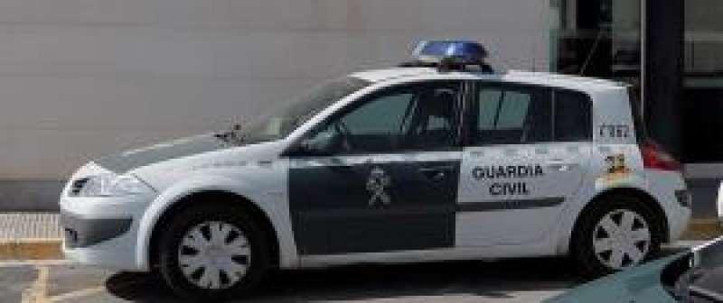 Imagen de un vehículo de la Guardia Civil. EFE