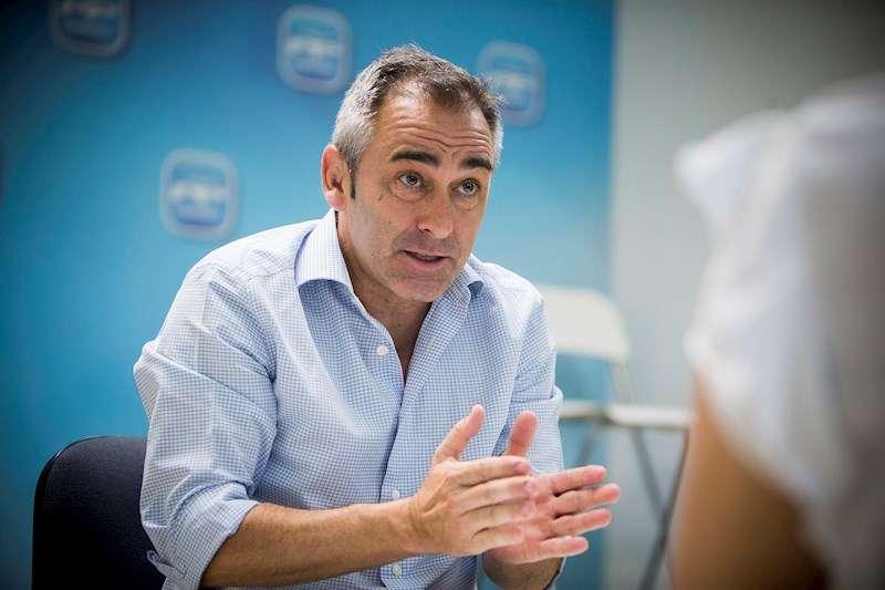 El portavoz de Agricultura del grupo popular en Les Corts , Miguel Barrachina. EFE