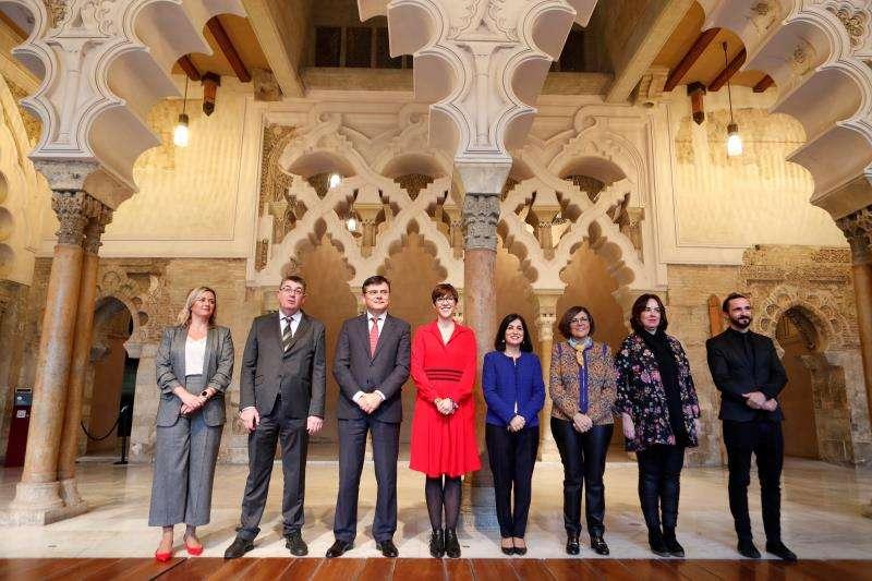 Representantes de los distintos parlamentos autonómicos. EFE