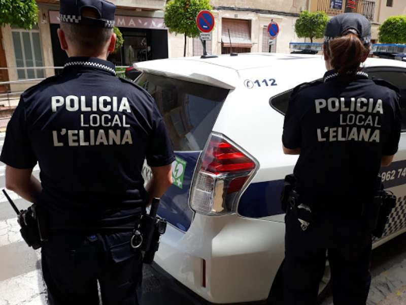 Agentes de la Policía Local de L