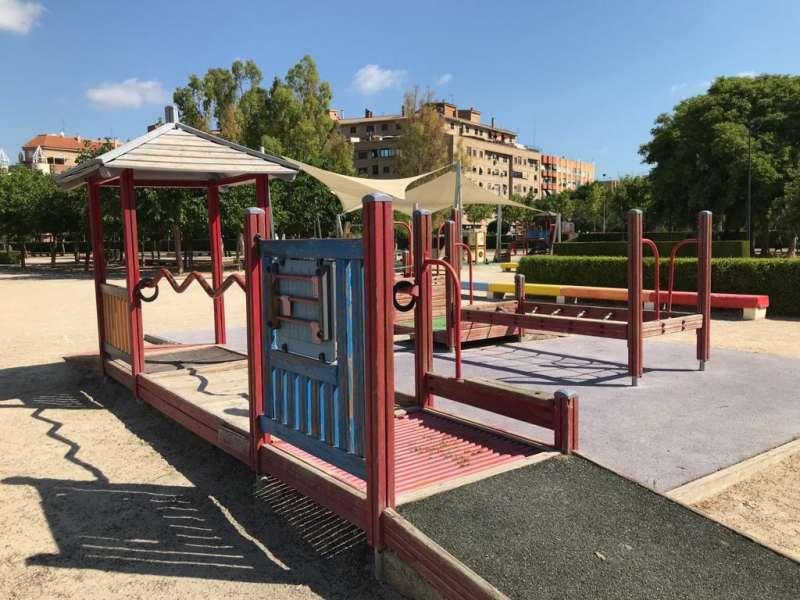 Parque infantil en Alaquàs. EPDA