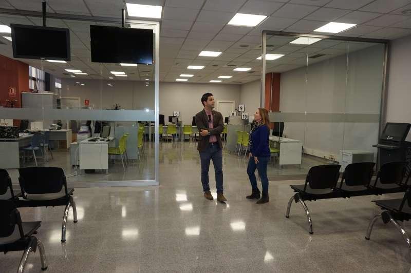 Sagredo y Eva Pérez, en la oficina. EPDA