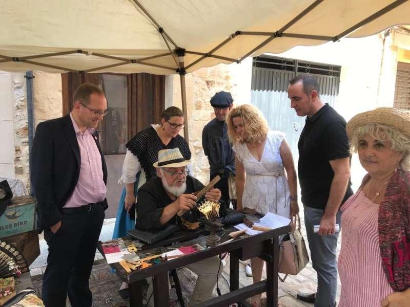 El secretari general de la província de Castelló i diputat autonòmic, Ernest Blanch, durant la seua visita a la Fira d