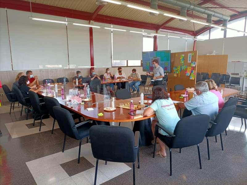 Reunión para establecer las pautas del proyecto. EPDA.