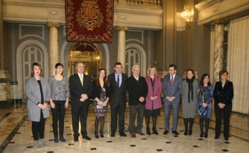 Joan Ribó con los presidentes de los parlamentos autonómicos que participan en la reunión de COPREPA. EPDA
