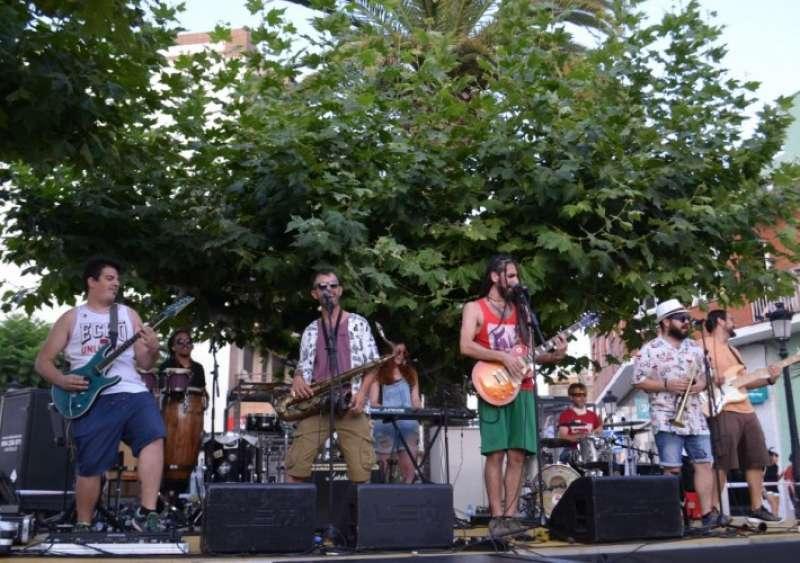 Una de las actuaciones en la Plaza Mayor de Oropesa del Mar