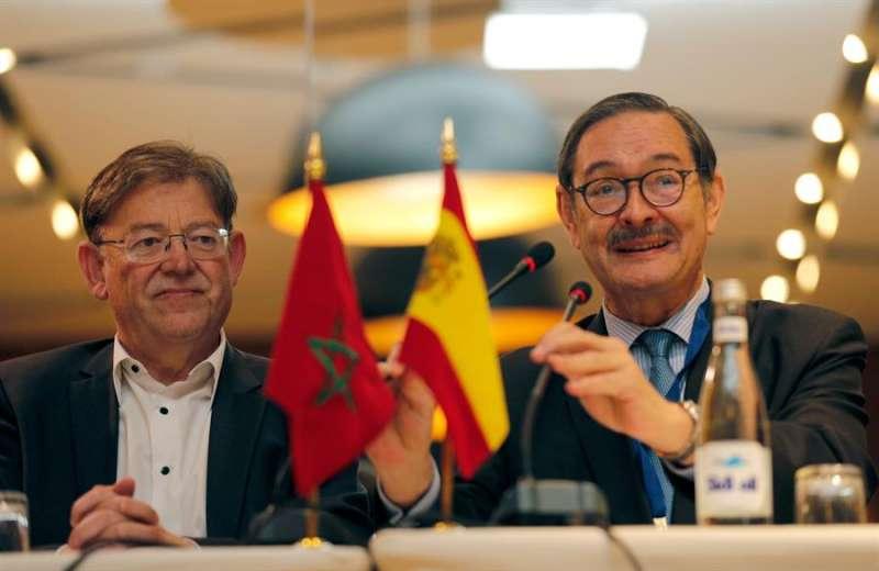 El president de la Generalitat, Ximo Puig (i) y el embajador de España en Marruecos, Ricardo Díez. EFE/Juan Carlos Cárdenas