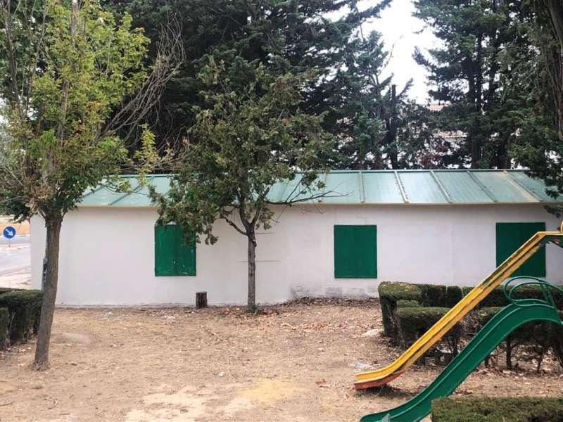 En el edificio de los Scouts se ha colocado una nueva cubierta