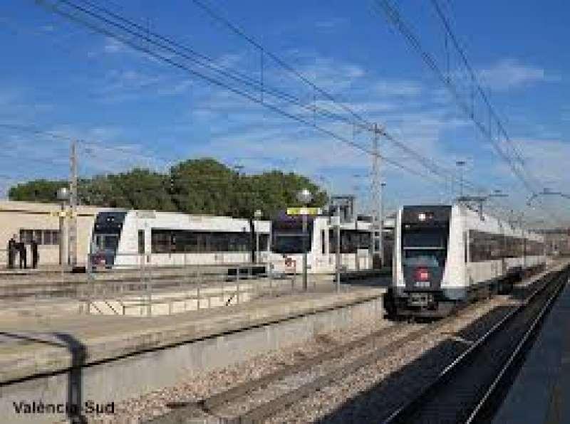 La parada de Metrovalencia,Valencia Sud, situada en Torrente ampliará su aparcamiento durante las Fallas