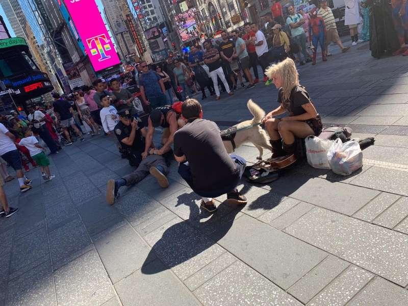 Detención en Times Square. EPDA