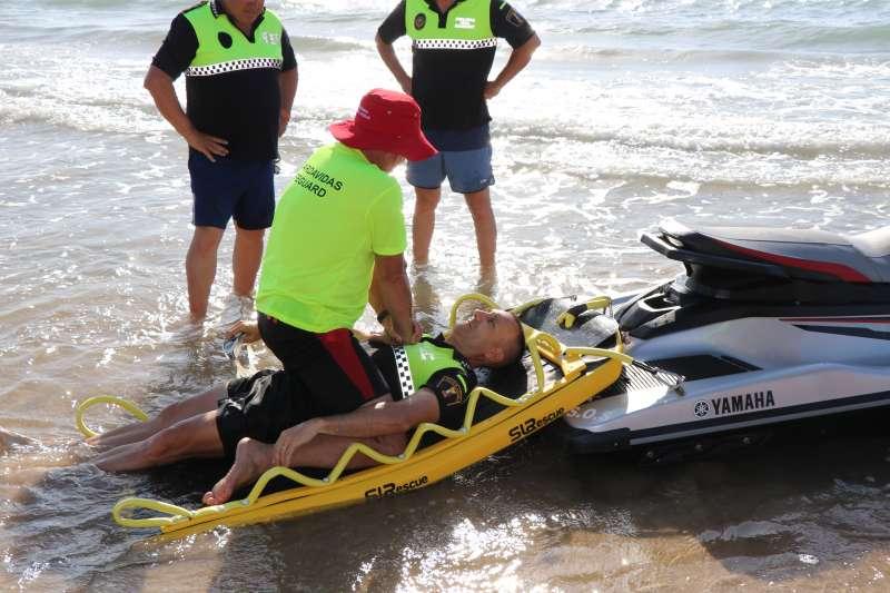 Curso de los socorristas de las playas de Sagunt. EPDA