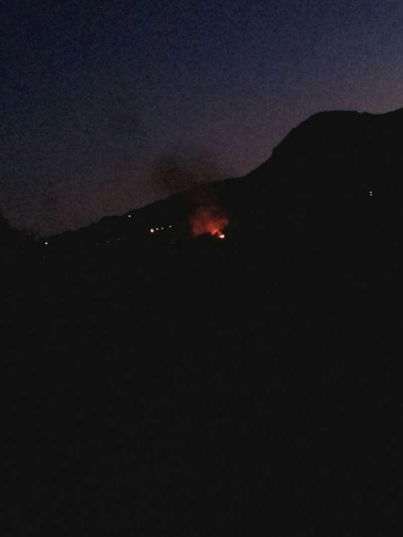 Imagen de las llamas de noche. EPDA
