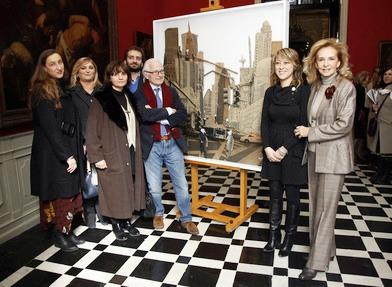 Entrega del ?Premio Senyera de Pintura 2011? a la artista valenciana Paloma Corts Navarro. Foto EPDA