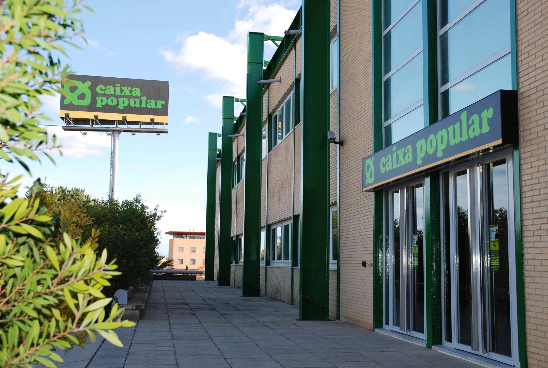 Imagen de las Oficinas Centrales de Caixa Popular.