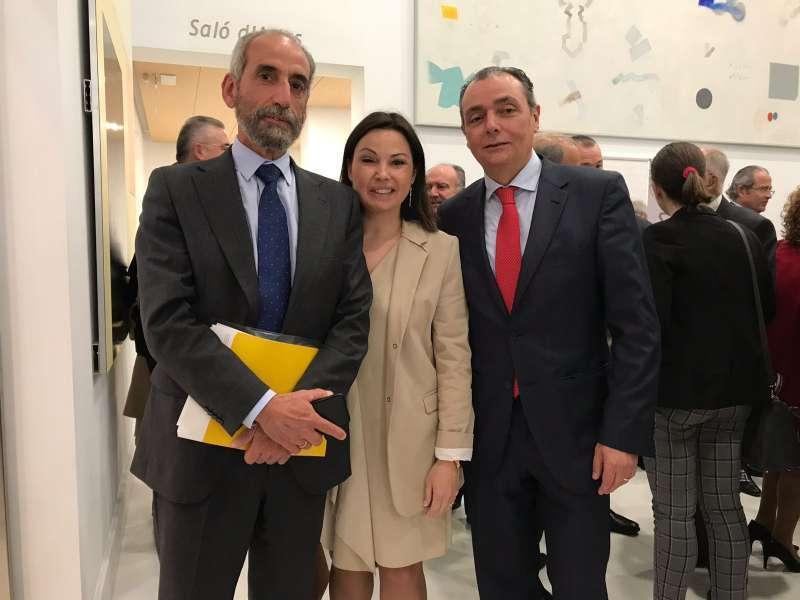 Cristina Plumed con responsables de la CEV.