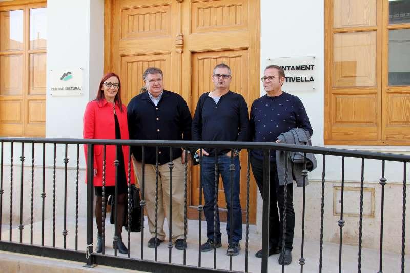 Visita de la vicepresidenta primera a Estivella con el alcalde y los concejales del PSPV y Compromís. EPDA