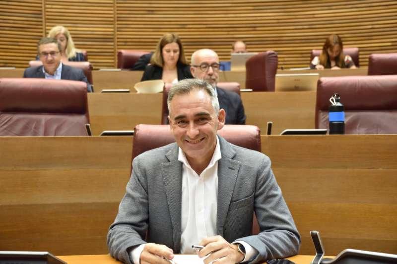 Barrachina en las Cortes Valencianas