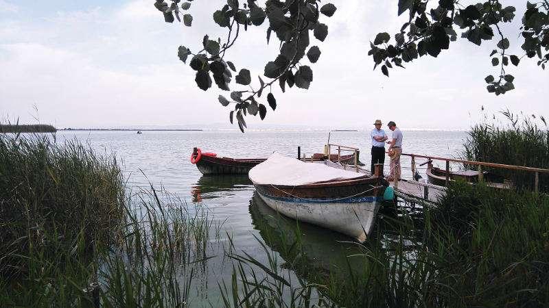 Embarcadero del lago de l