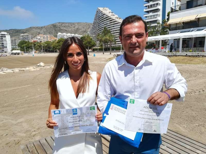 La concejala de Turismo y el alcalde de Turismo de Perñíscola.