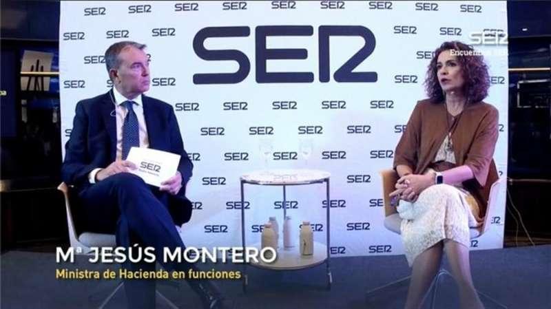 La ministra de Hacienda en funciones, María Jesús Montero, en un encuentro organizado hoy en València por la Cadena Ser.