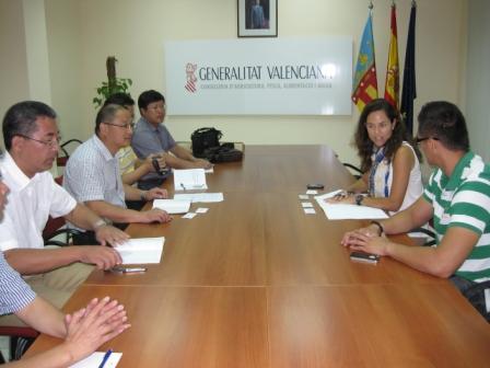 Marta Valsangiacomo recibe a la delegación empresarial de la provincia china de Zhejiang. Foto EPDA