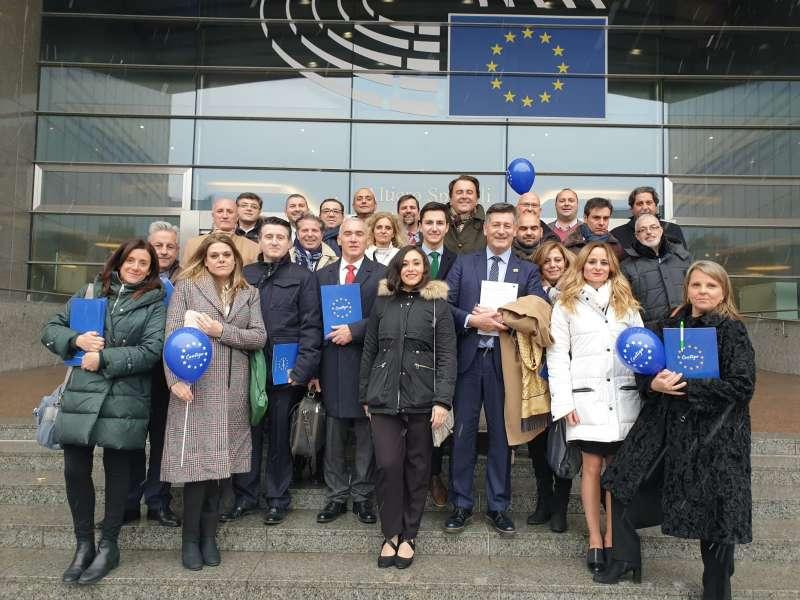 Miembros de Contigo en bruselas