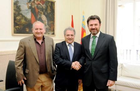 De izqda. a dcha: El diputado Francisco Tarazona, Alfonso Rus y José Javier Cervera. Foto EPDA