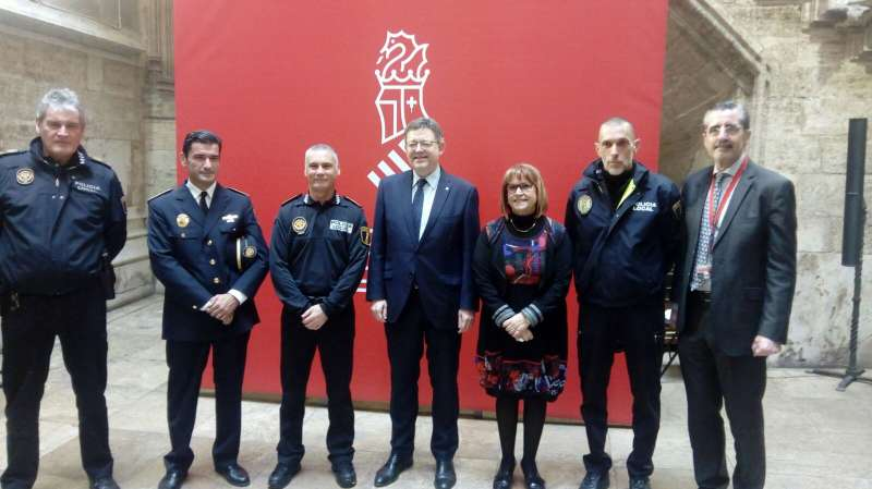 Entrega diplomes Policia Local Palau de la Generalitat. EPDA