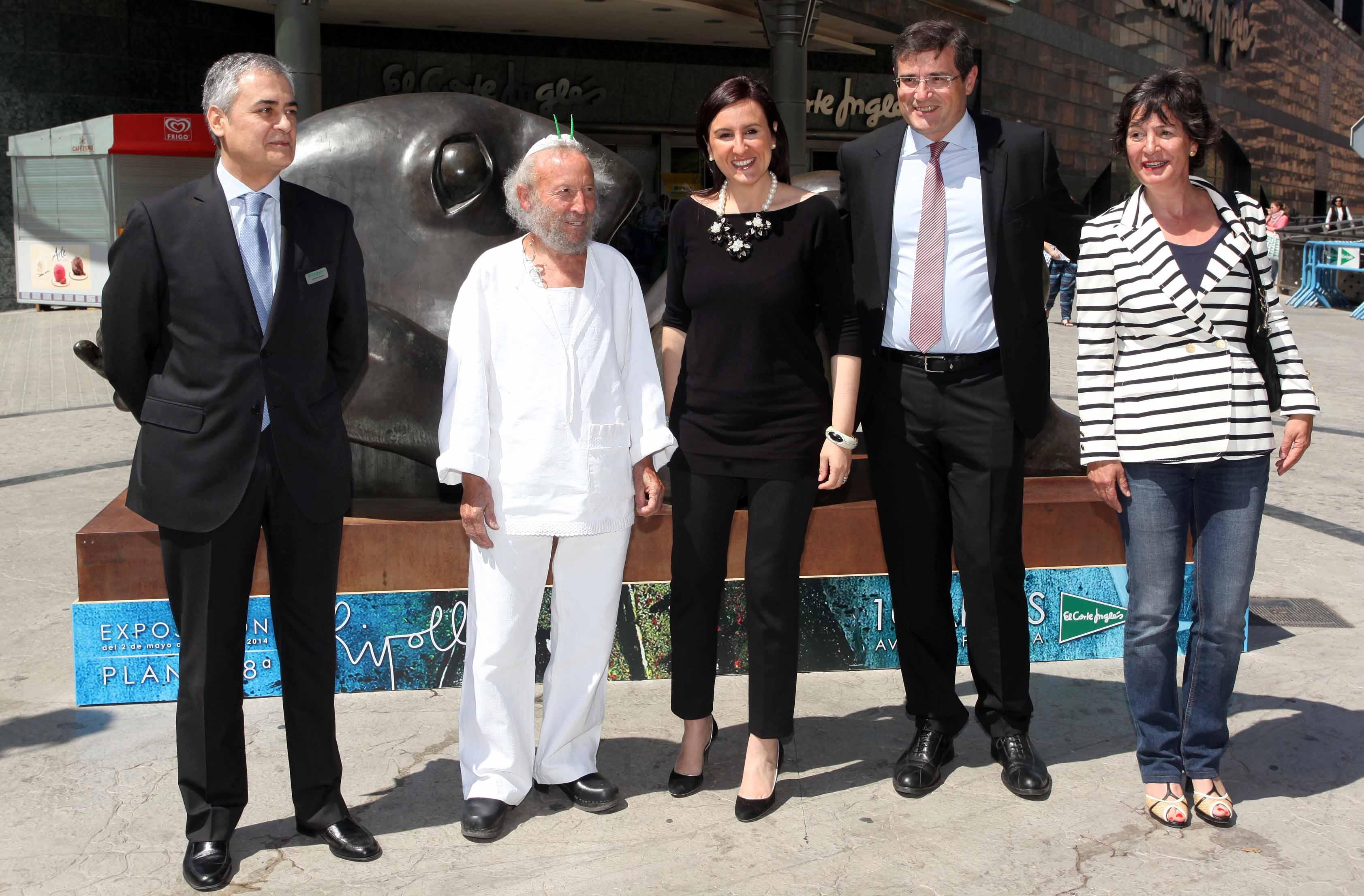 La consellera de Cultura y el artista castellonense durante el acto de inauguración de la exposición.
