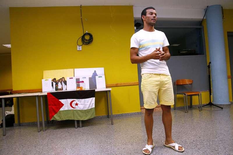 Baba Abdalahi, en una de sus actividades en Puçol. EPDA