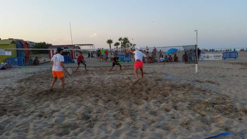 Final senior del torneo de tenis playa. EPDA
