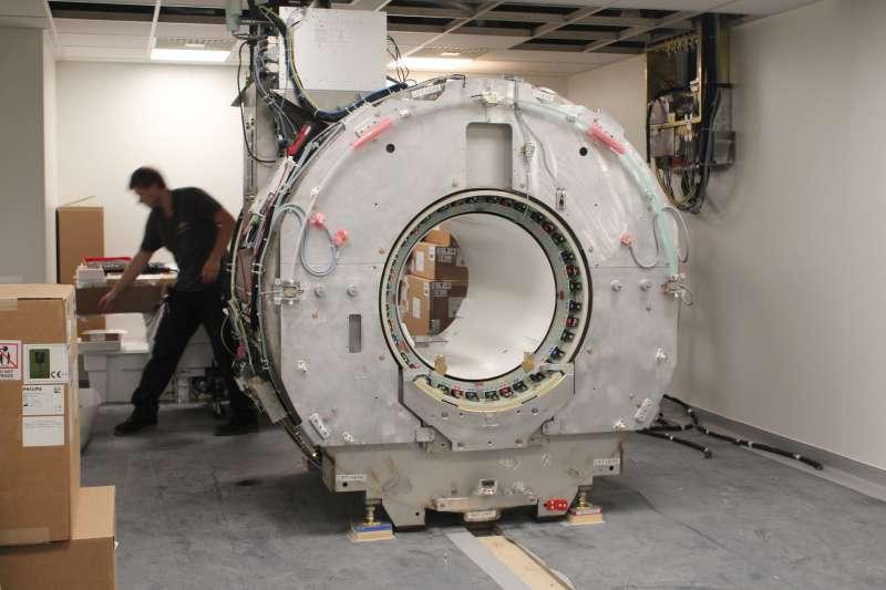 Renovación de máquinas en el Hospital General Universitario de València. EPDA