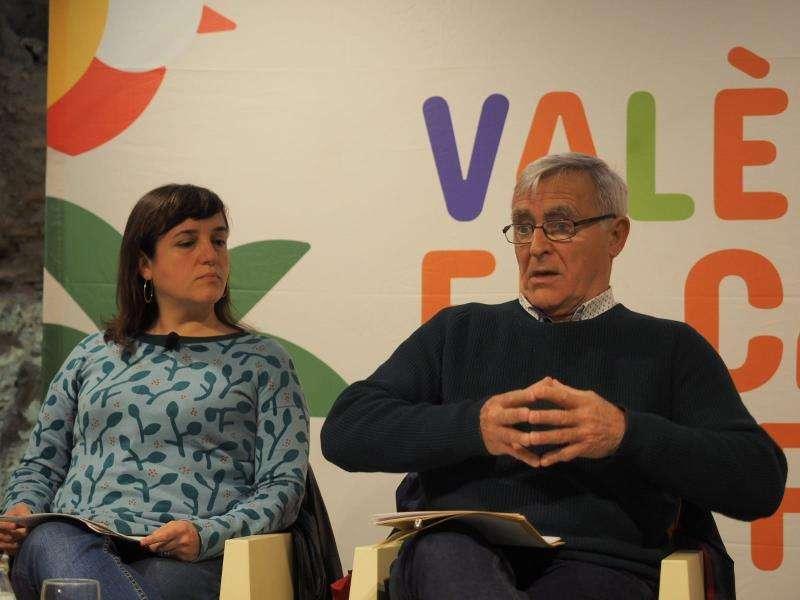 El alcalde de València en el acto celebrado hoy con entidades vecinales. EFE