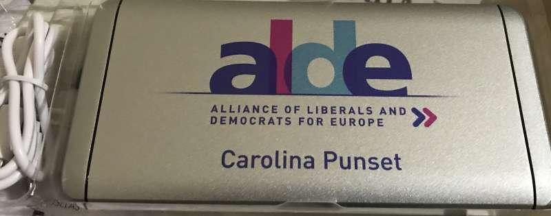 Uno de los obsequios de ALDE. EPDA